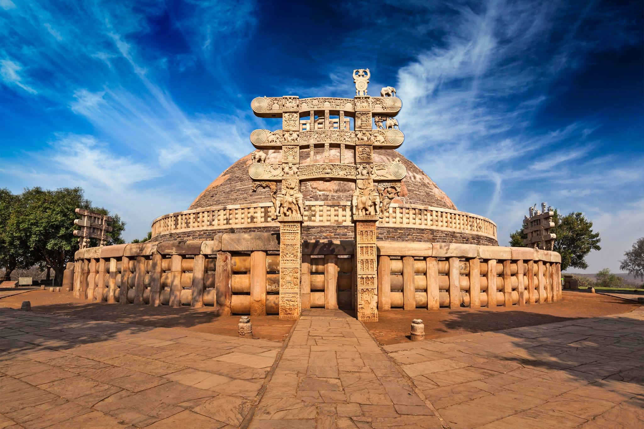 UNESCO Heritage Site : Sanchi Stupas | Madhya Pradesh | Travel And Trekking