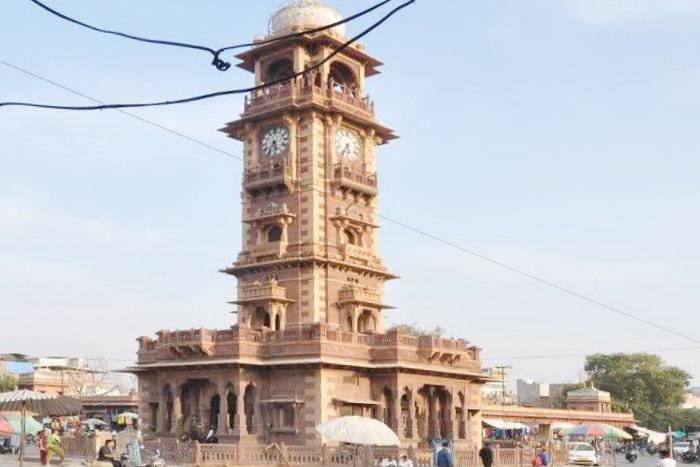 l_ghantaghar-1487834582_835x547