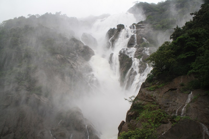 Dudhsagar Waterfalls Trek in Monsoon | Travel and Trekking