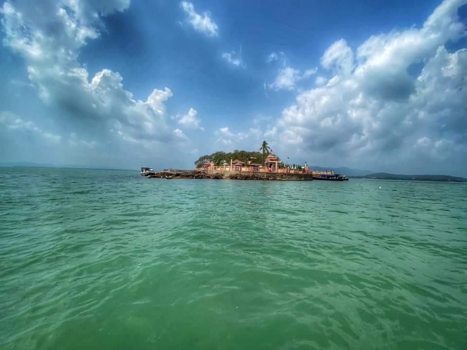 Travel Blog on Chilika Lake – The Largest Brackish Lake in Asia | Odisha | Travel And Trekking